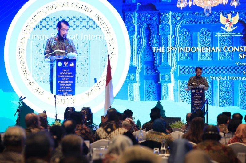 Anwar Usman tegaskan organisasi Asosiasi MK Asia independen