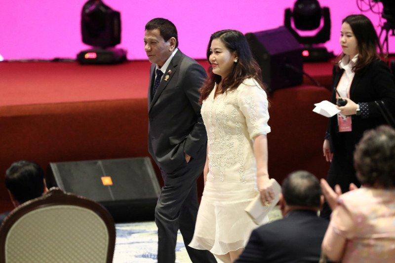 Wapres Leni Robredo siap pimpin perang terhadap narkoba di Filipina
