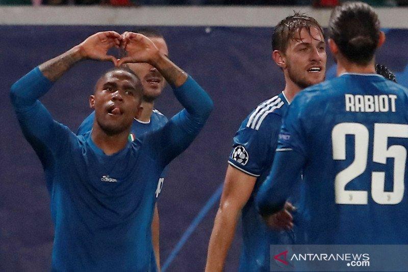 Pemain Juventus dan timnas Brazil Douglas Costa pertimbangkan pensiun karena cedera