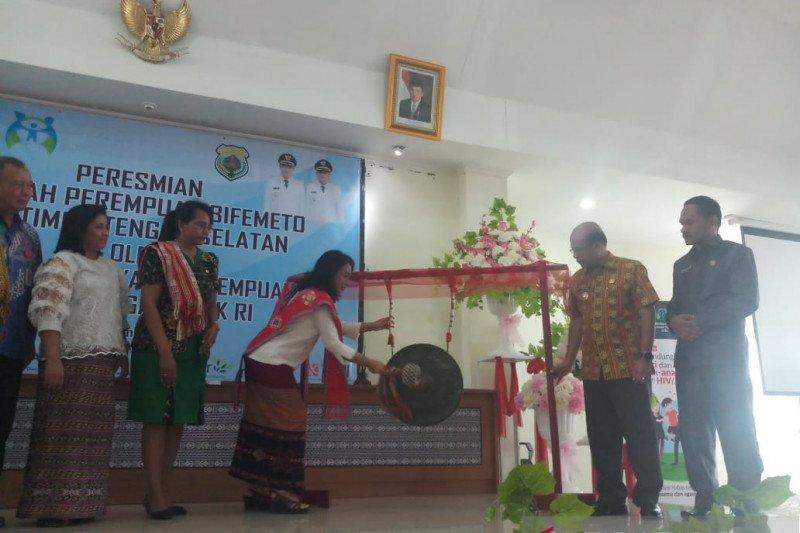 Menteri Puspayoga resmikan sekolah perempuan di SoE