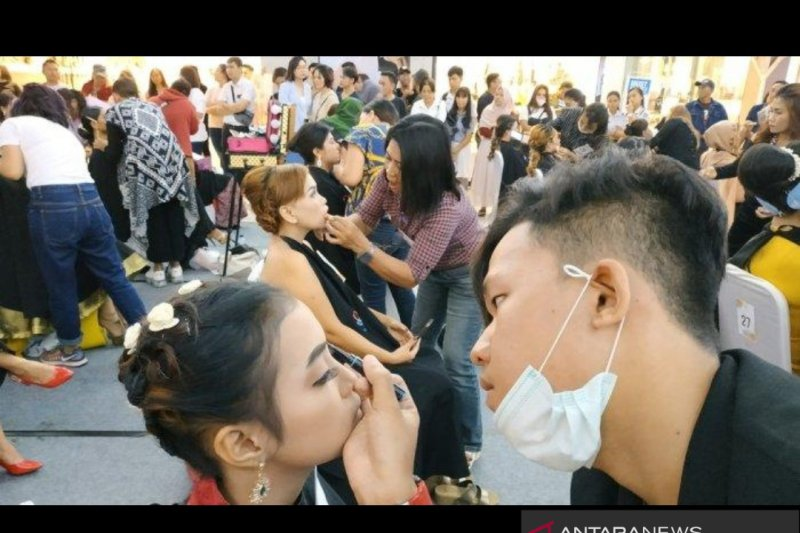 QL Cosmetic Make Up Party di Manado Meriah