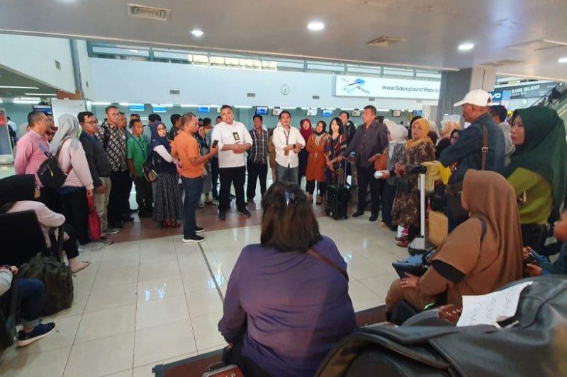 Penerbangan Sriwijaya Padang-Jakarta batal, penumpang sempat ricuh