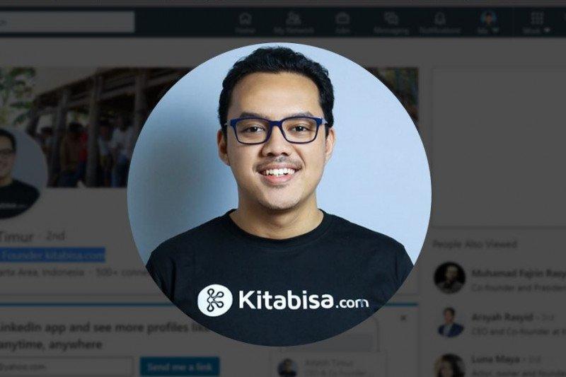 Timmy pendiri kotak amal  daring bantu sesama