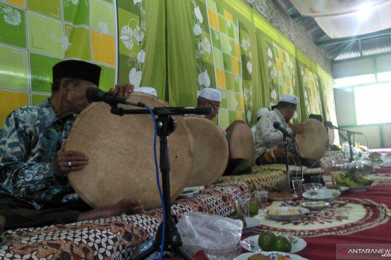 "Warga Pariaman laksanakan ""badikie rabano"" peringati Maulid Nabi Muhammad SAW"