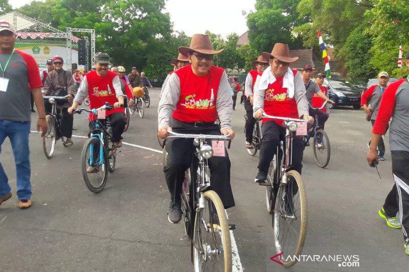 Wamenag gowes bersama ribuan guru madrasah Yogyakarta