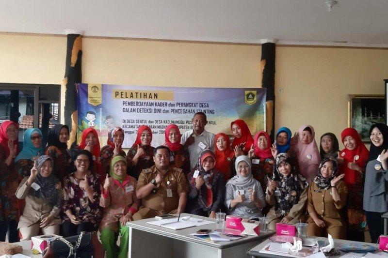 UI bantu berdayakan kader desa deteksi dini stunting di Bogor