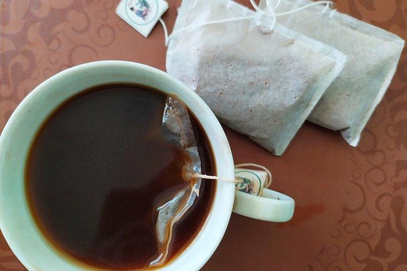 Kopi celup Pringsewu inovasi minum kopi seduh nan kekinian