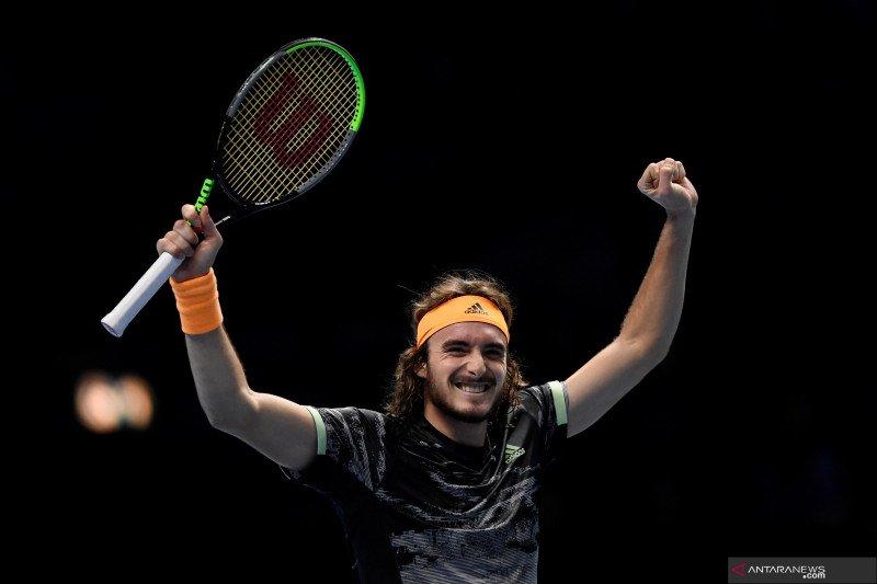 Tsitsipas singkirkan Federer dari turnamen ATP Finals
