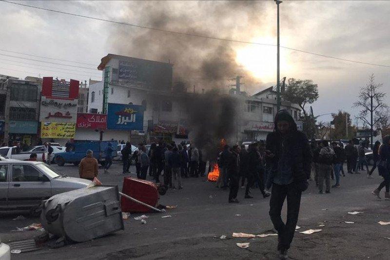 Amnesti : Kerusuhan Iran tewaskan 100 orang lebih