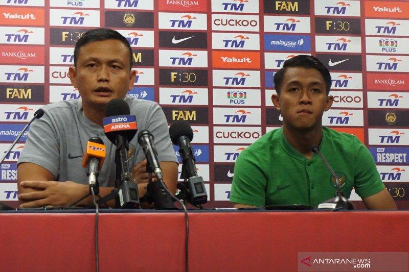 "Yeyen Tumena: dua gol Malaysia ""hadiah"" kesalahan pemain Indonesia"