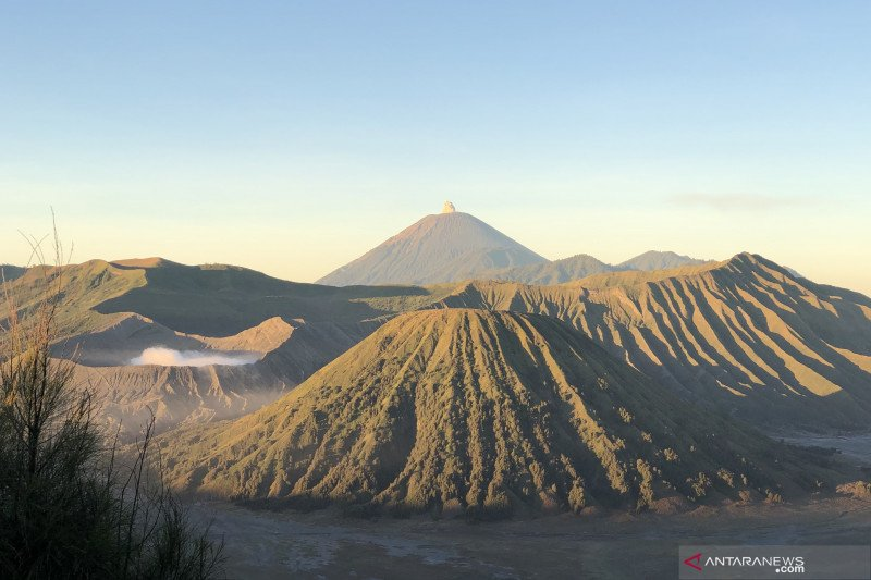 Pendakian Gunung Semeru direncanakan dibuka Januari 2020