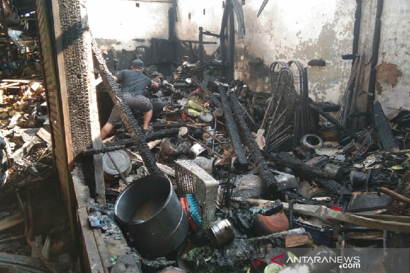 Polisi selidiki kebakaran Pasar Induk Guntur di Garut
