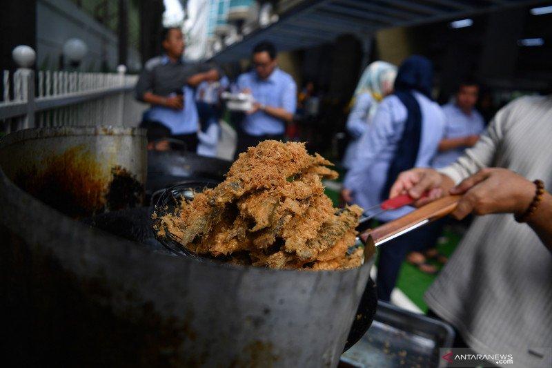 Agar cerdas, politikus PDIP ajak warga gemar makan ikan