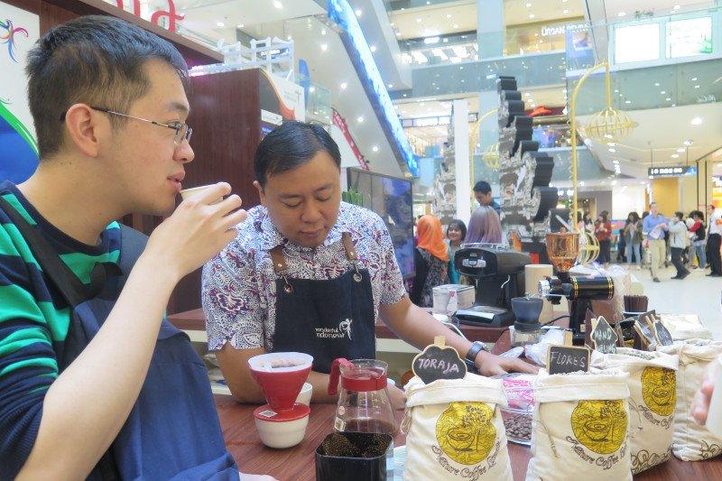 Kopi menjadi andalan pelajar Indonesia di Nanjing