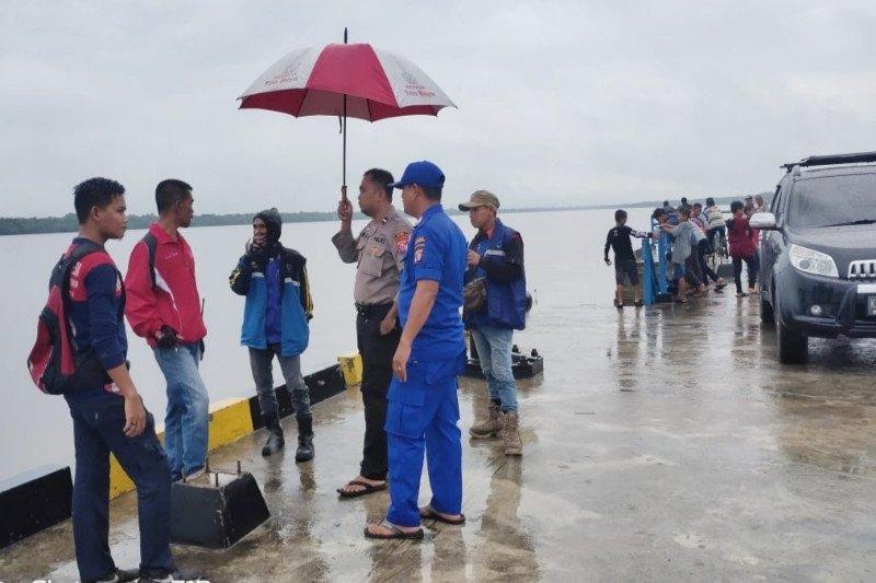 Seorang warga Sampit tenggelam diduga didorong dari dermaga