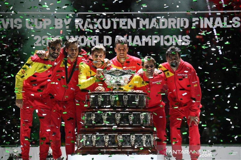 Nadal taklukkan Shapovalov untuk bawa Tim Spanyol  menjuarai Piala Davis