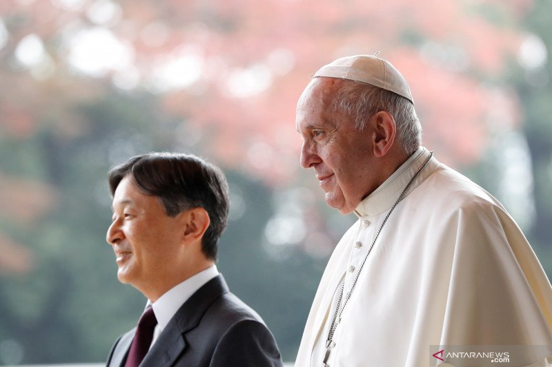 Paus Fransiskus tidak ikuti