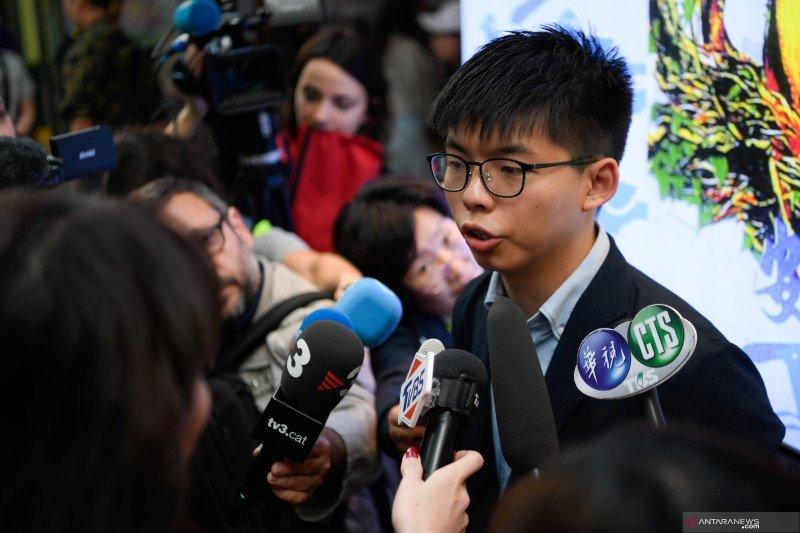 Pegiat demokrasi Hong Kong Joshua Wong ditangkap polisi