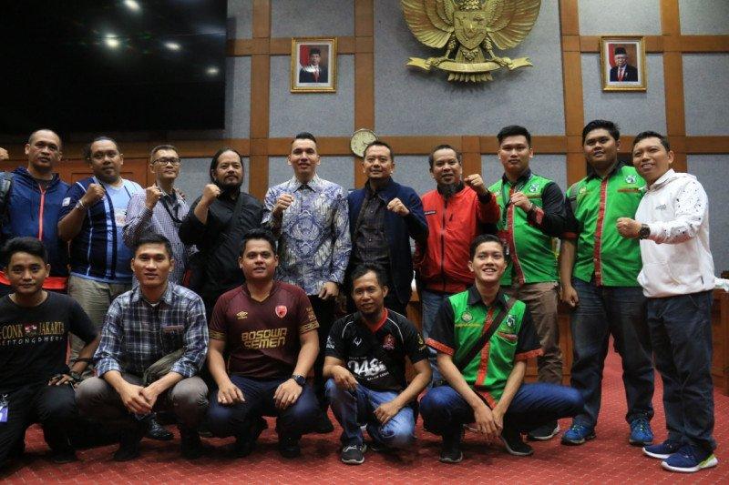 DPR minta pemerintah Malaysia minta maaf terkait penganiayaan suporter Indonesia