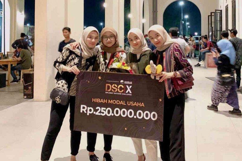 Hearme Aplikasi Alat Bantu Dengar Karya Mahasiswa Sbm Itb Antara News Jawa Barat