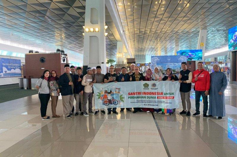 Indonesia berangkatkan 10 santri  ke China kokohkan ajaran Islam moderat