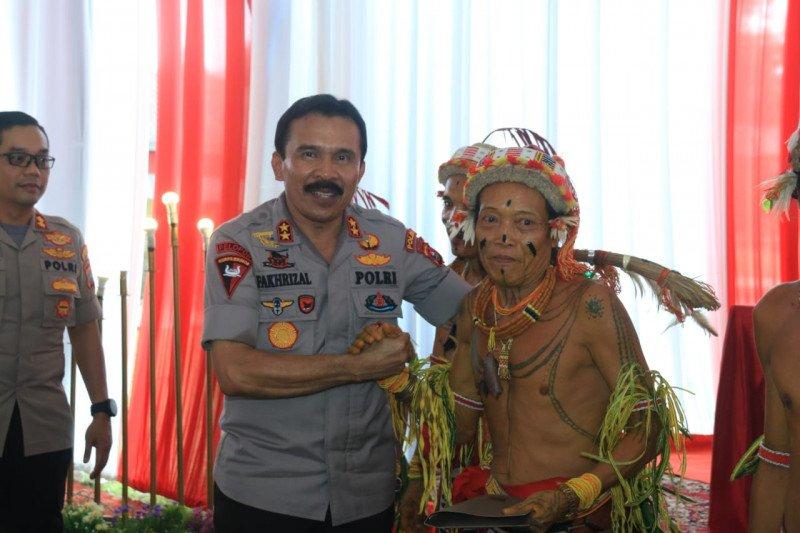 Kapolda Sumbar janjikan tambah kekuatan personel di Polres Mentawai