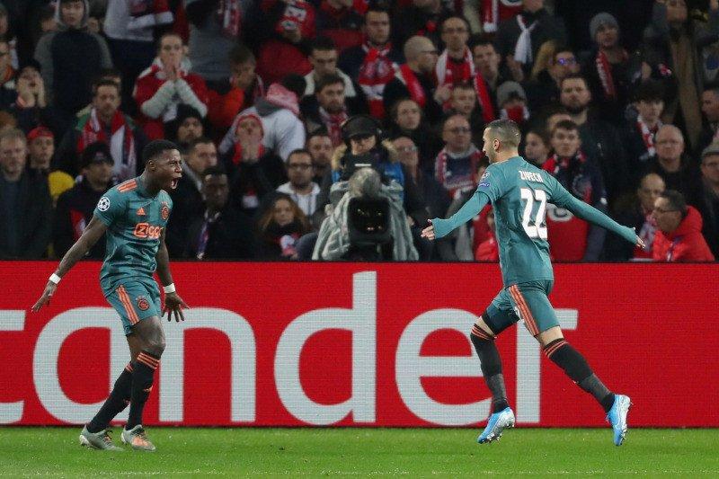 Ajax taklukkan Lille dorong di ambang babak 16 besar
