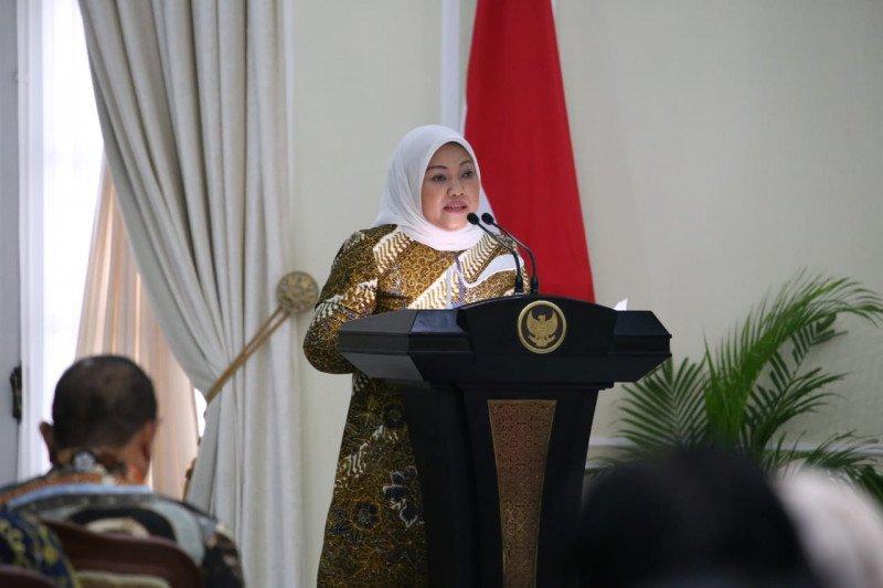 Menaker mengajak investor energi kembangkan listrik Indonesia