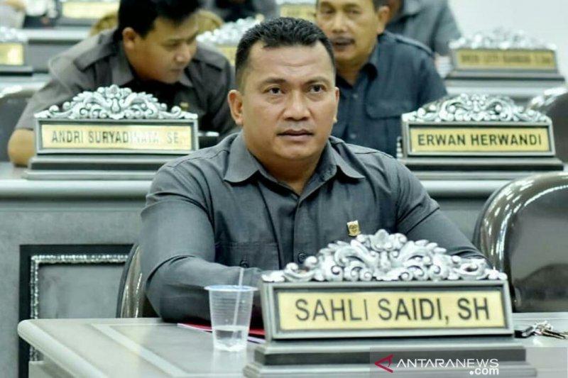 DPRD Cianjur menilai UMK yang ditetapkan masih kurang