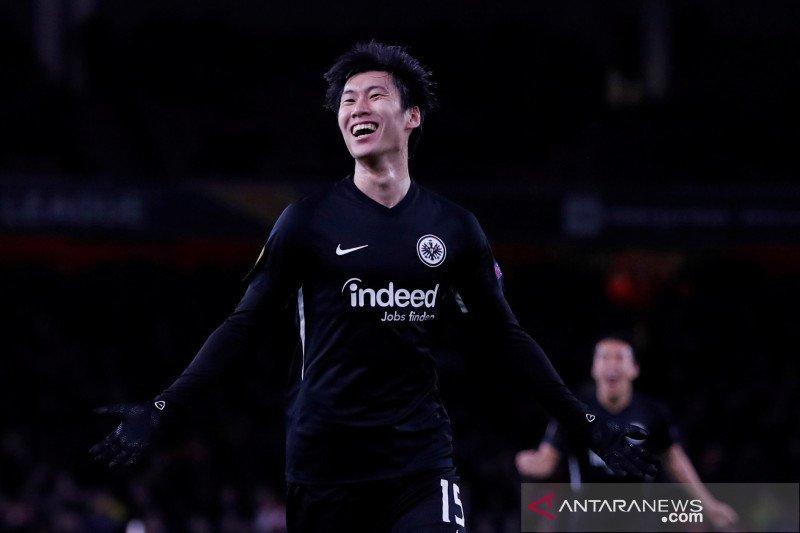 Eintracht Frankfurt memperpanjang kontrak Daichi Kamada
