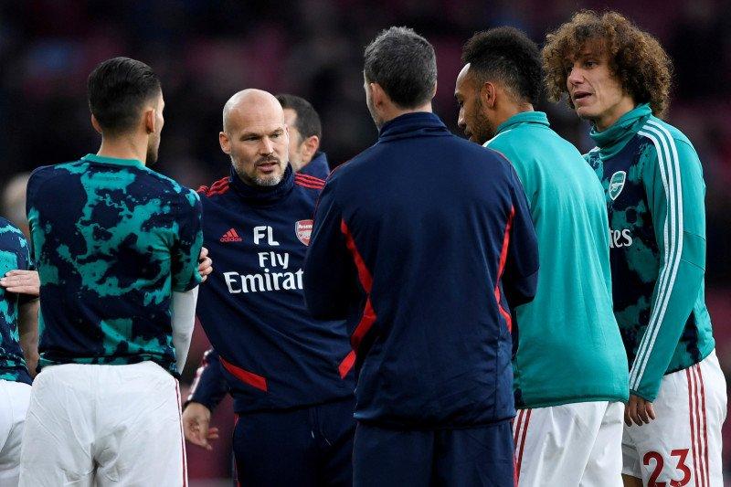 Ljungberg fokus ke pertandingan, bukan jadi pelatih tetap Arsenal