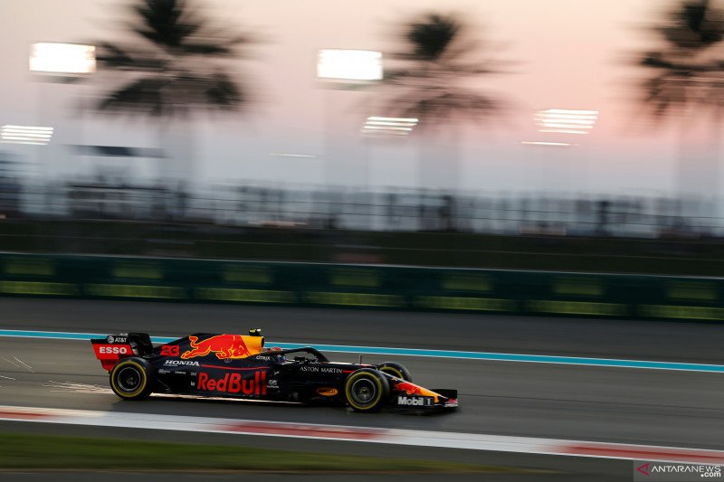 Leclerc siap ambil risiko untuk  kalahkan Verstappen