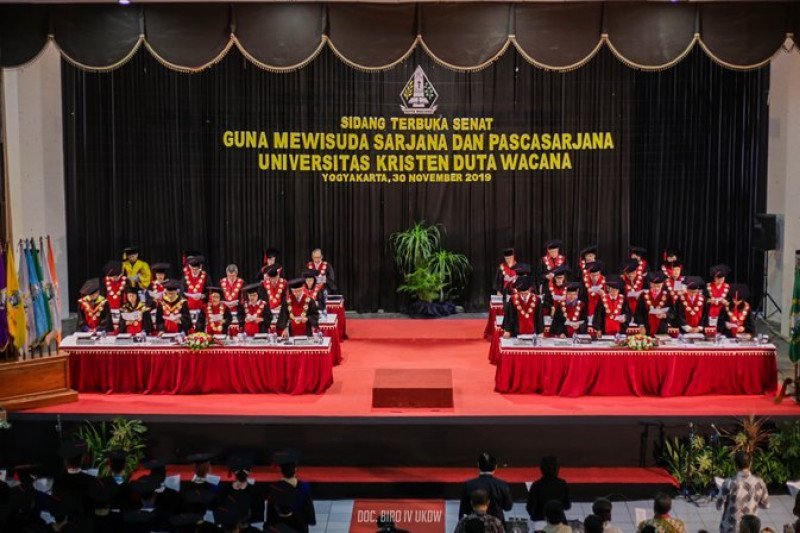 Lulusan UKDW diharapkan terus mengembangkan diri