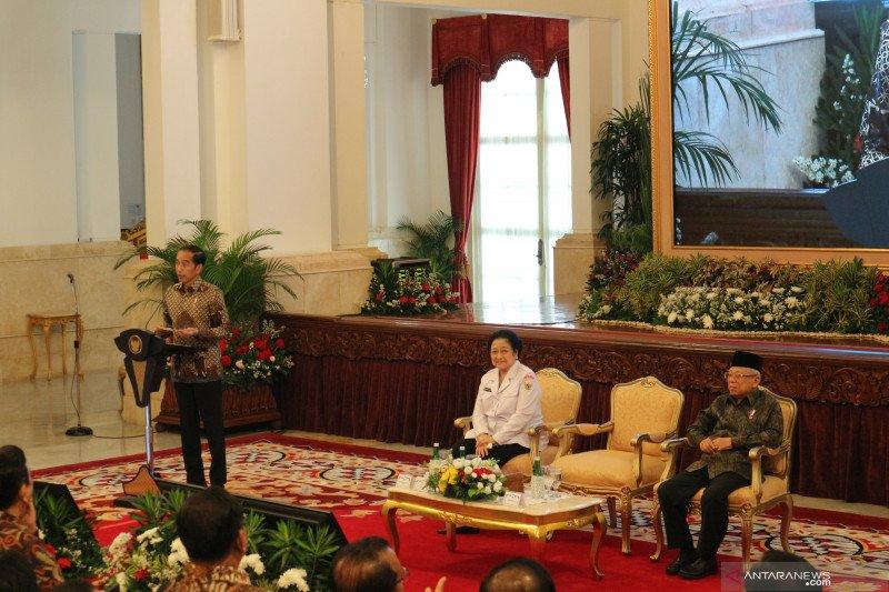 "Presiden Jokowi: titip pembumian Pancasila ke ""sobat ambyar"""