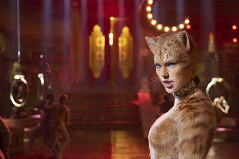 """Taylor Swift suka dengan """"keanehan"""" dalam film """"Cats"""""""