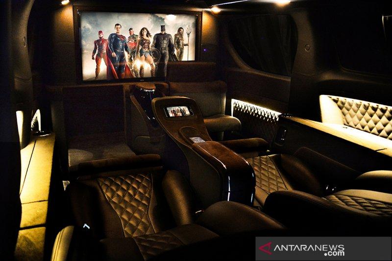 Lombardi Auto kenalkan modifikasi interior mobil layaknya kabin pesawat