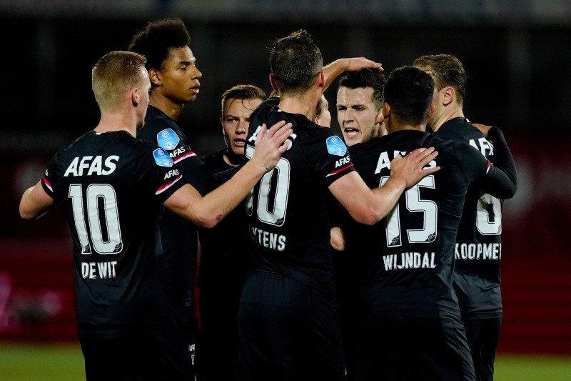 AZ Alkmaar pangkas jarak keunggulan Ajax di klasemen Liga Belanda