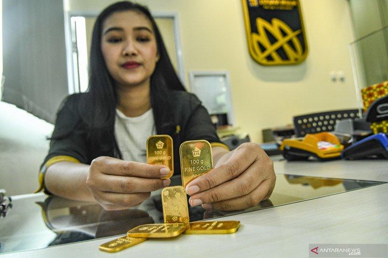 Harga emas Antam Jumat kembali naik Rp5.000/gram