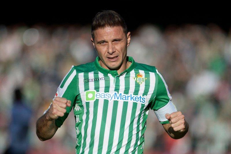 Joaquin, penyerang Real Betis jadi pencetak trigol tertua di La Liga