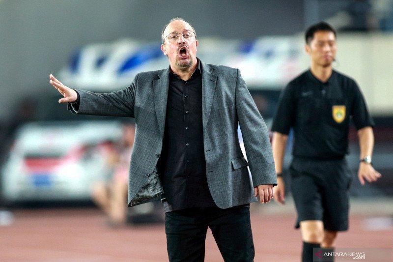 Mantan Manajer Liverpool Rafael Benitez tak tutup peluang latih Everton