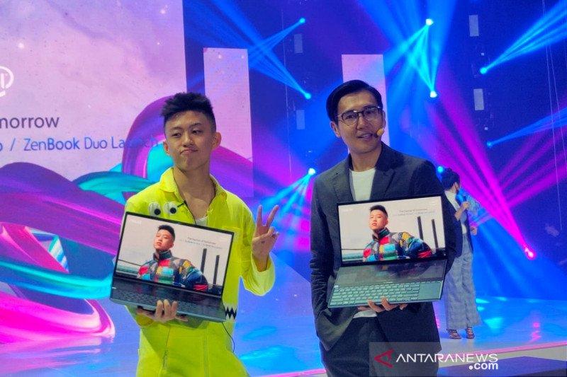 Laptop pertama di dunia dengan dua layar dari ASUS