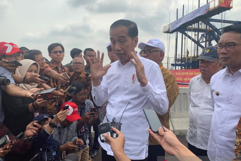 Jokowi tegaskan pencalonan Gibran murni kompetisi bukan penunjukan