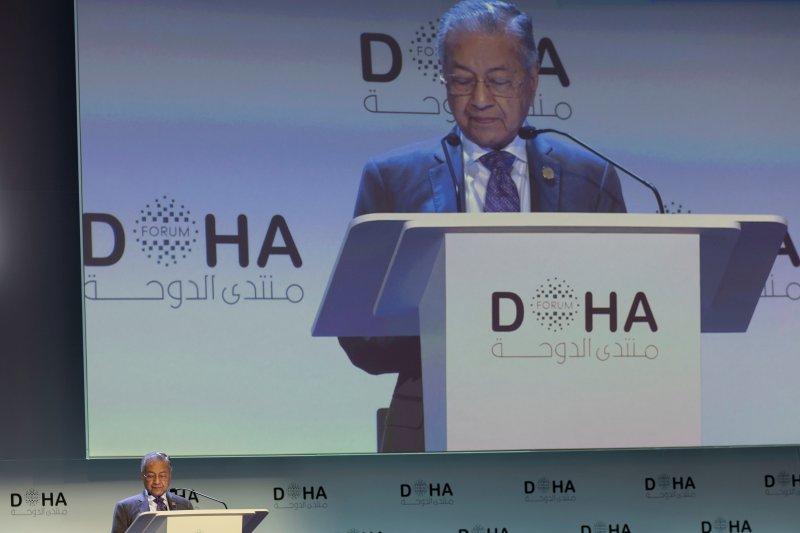 Mahathir isyaratkan dia mungkin masih berkuasa setelah 2020