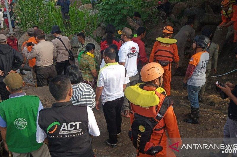 Tim ACT bantu korban  banjir Sigi