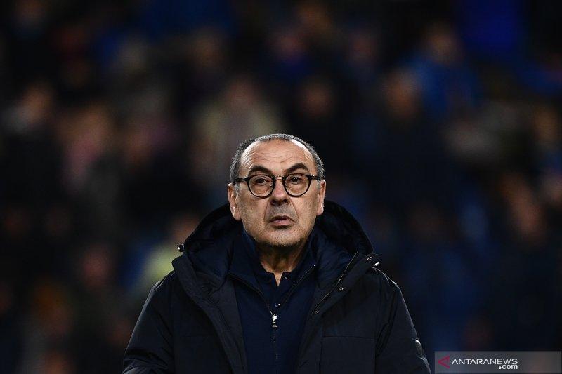 Pelatih Juve Maurizio Sarri akui tidak akur dengan pemain Chelsea