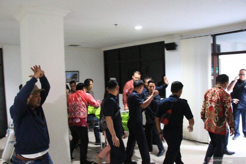 Adian Napitupulu diterbangkan ke Jakarta