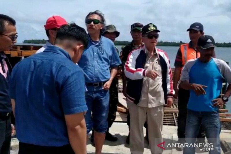 Pembukaan jalan sepanjang 32 kilometer, akses Siberut Utara beranjak mulus
