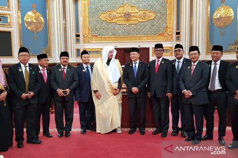 Pimpinan MPR RI menemui Raja Salman minta tambahan kuota haji
