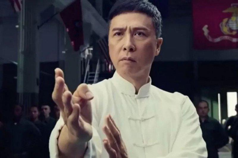"IP Man ""tendang"" Star Wars di China"