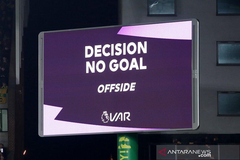 UEFA pangkas waktu keputusan wasit yang dikoreksi VAR